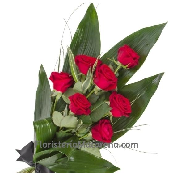 ramo funerario 7 rosas rojas